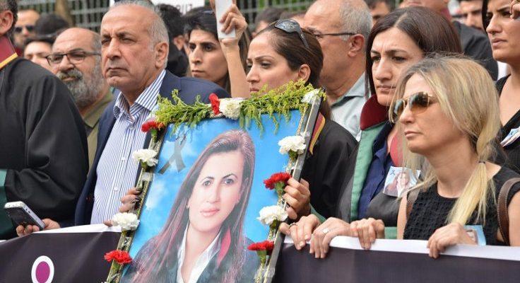 Öldürülen Avukat Müzeyyen İçin Barodan Basın Açıklaması