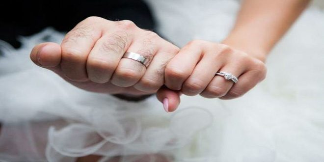 Zabıt Katibinden Güvenlik Personeline Süpriz Evlilik Teklifi