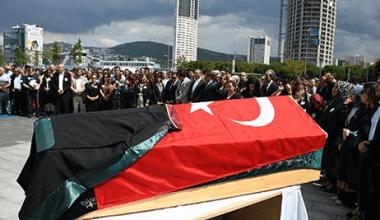 Av. Hüseyin Yama İçin İstanbul Anadolu Adliyesinde Anma Töreni Düzenlendi