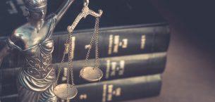 Hukuk, Adalet ve Hüküm Üzerine