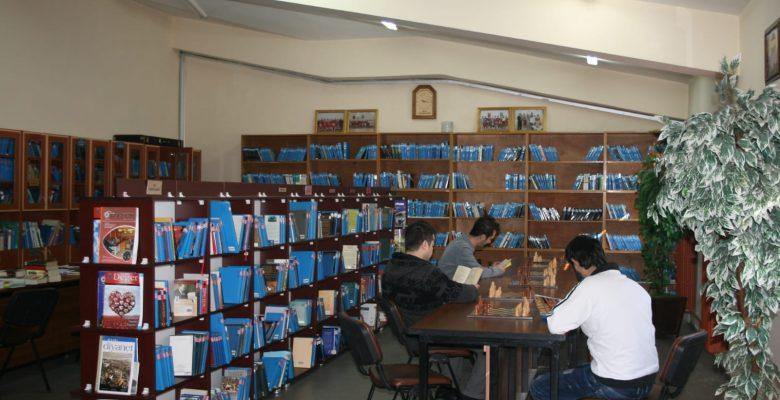 Tutuklu ve Hükümlülüler 2019 Yılında Cezaevleri Kütüphanelerindeki 1 Milyon 102 Bin Kitaptan Yararlandı