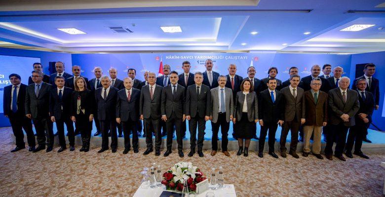 Adalet Bakanı Gül'ün Katılımıyla Hakim ve Savcı Yardımcılığı Çalıştayı Gerçekleştirildi