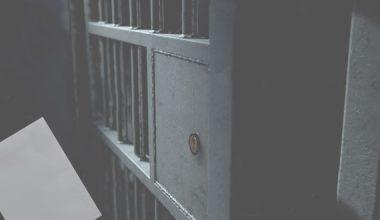 Ceza İnfaz Kurumu Tarafından Sakıncalı Bulunan Mektubun Alıcısına Gönderilmemesi Nedeniyle Haberleşme Hürriyetinin İhlal Edilmesi