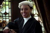 İngiltere'de Mahkeme Salonlarında Siyahı Olduğu İçin Sanık Sanılan Bir Avukatın Hikayesi