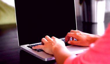 İşverenin Kurumsal Mail Yazışmalarını İncelemesi Hak İhlali Sayıldı