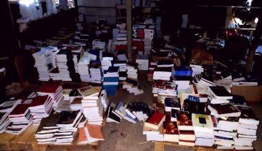 İstanbul'da Korsan Operasyonu: Binlerce Korsan Kitap Ele Geçirildi